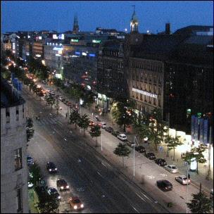 Auringonlasku Helsingin yllä vuonna 2007