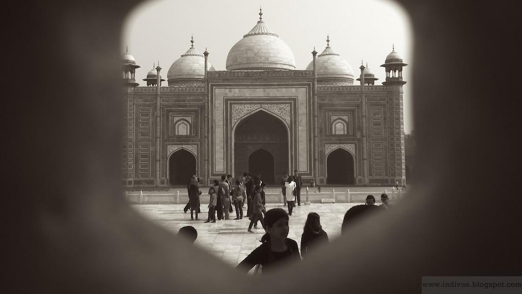 Näkymä Taj Mahalista ulos