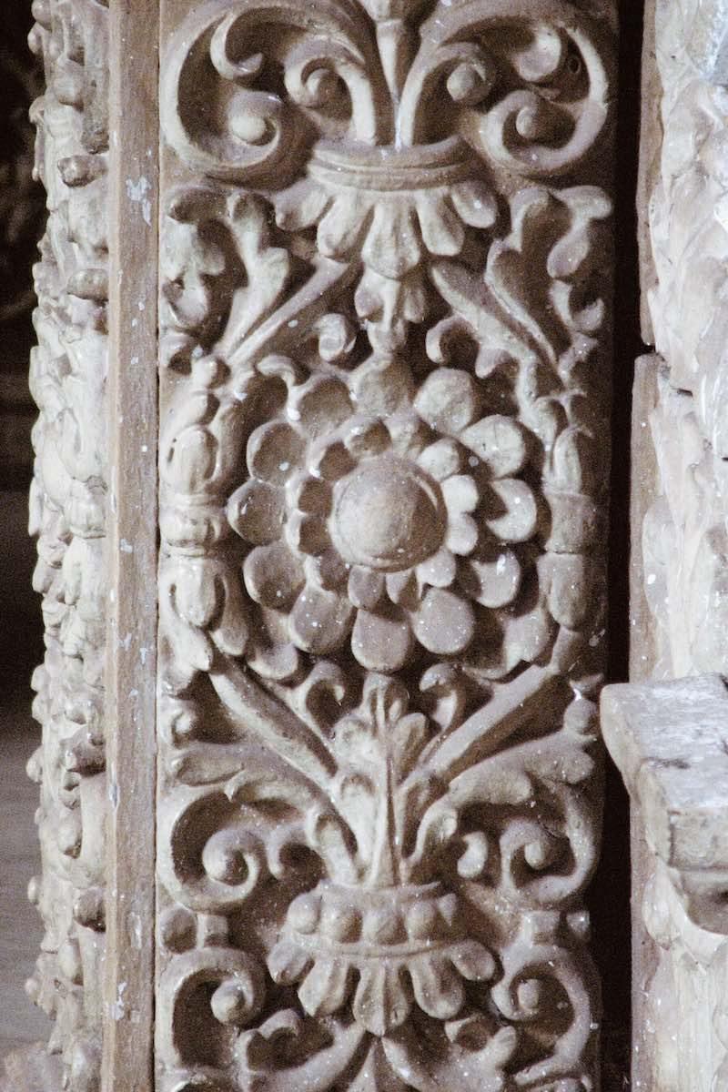 Seinäkoristeita Basilica of Bom Jesus -rakennuksessa