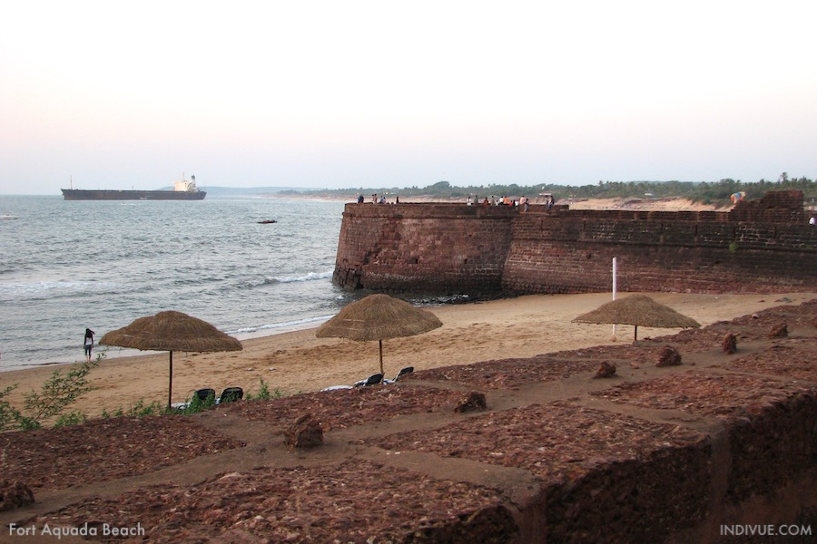 Fort Aquada Beach, Goa, Intia