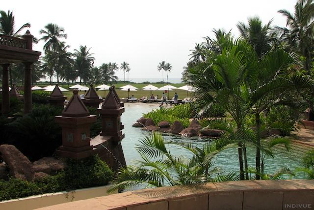 Park Hyatt -hotellin uima-allasta