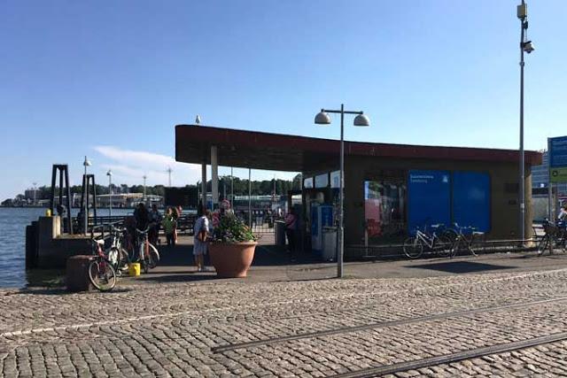 Suomenlinnan lautan laituri Helsingissä