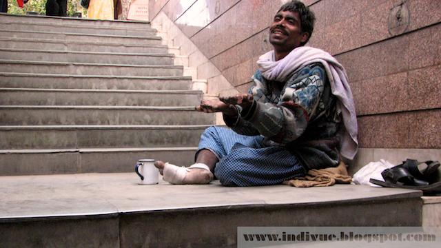 Kerjäläinen Delhissä, Intiassa