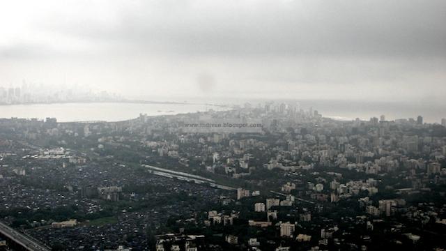 Mumbain kaupungin yllä