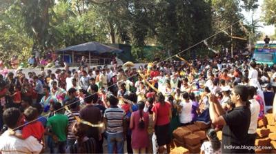 Viva Carnival -yleisöä Margaossa
