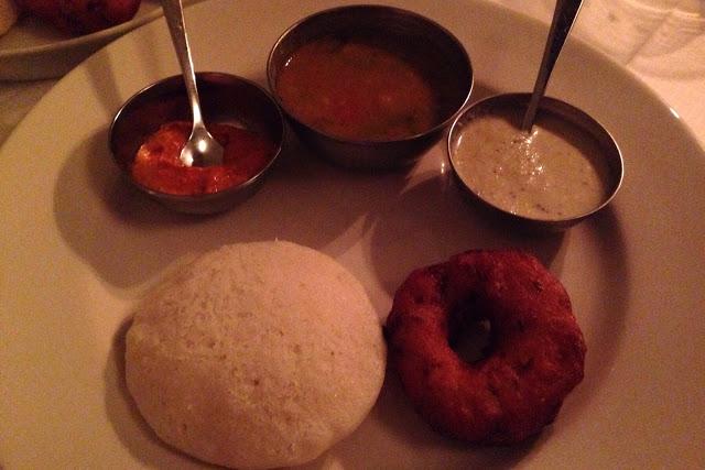 Idli vada intialaisessa ravintolassa Kööpenhaminassa