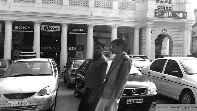 Suomalainen Nokia intialaisessa katukuvassa vuosina 2007 - 2011