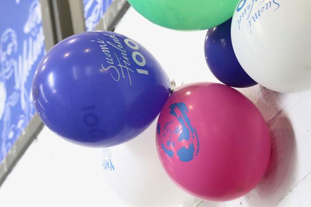 Suomi 100 -juhlavuoden ilmapalloja