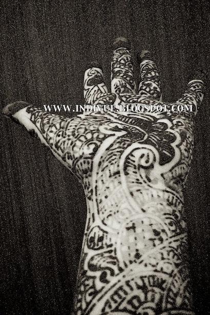 henna tattoo in hand, hennatatuointi kädessä