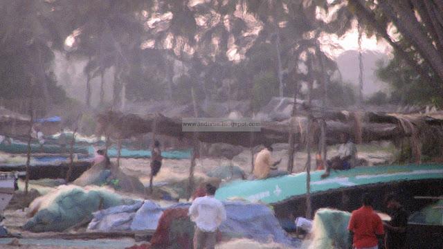 Kalastajia Betimin rannalla Goassa