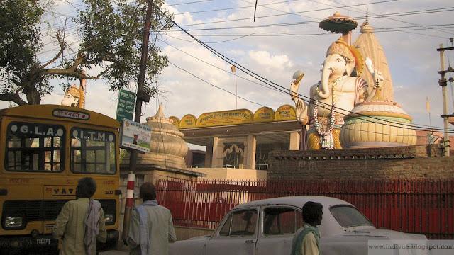 Ganesh-temppeli Vrindavanissa, Intiassa
