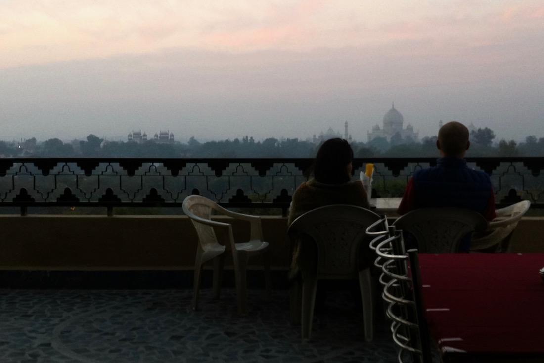 Hotelli, josta näkee Taj Mahalin