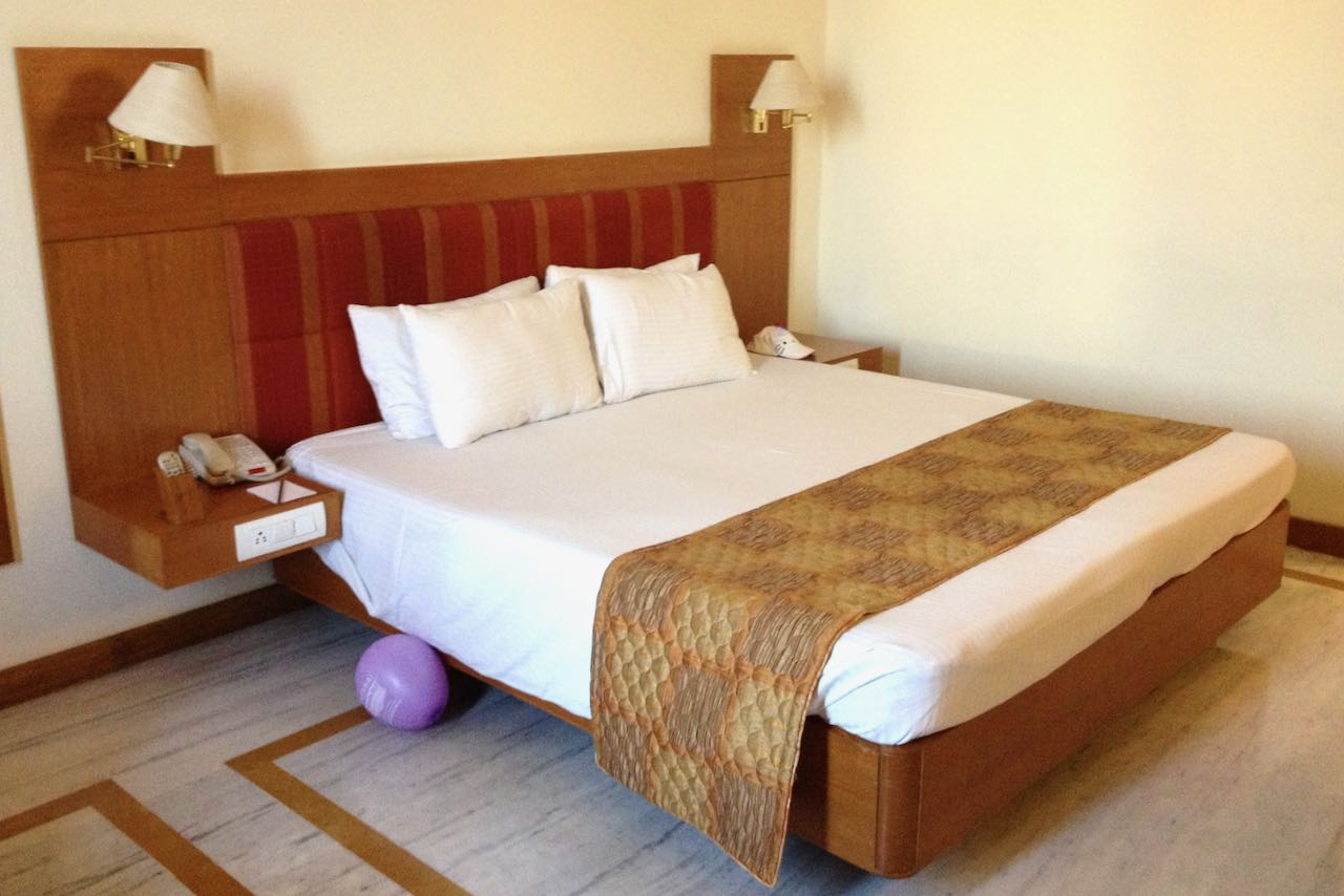 Double bed in Hotel Sunway Manor