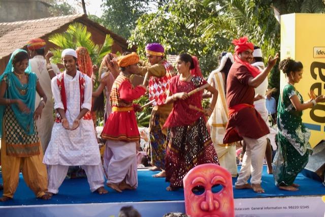 Karnevaalitanssijoita Intiassa