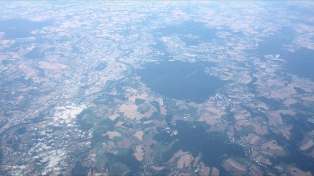 Näkymä lentokoneesta matkalla Helsingistä Roomaan