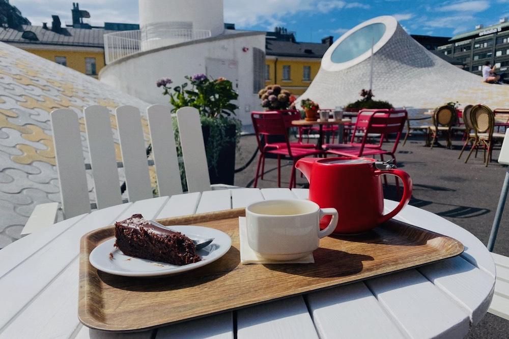 Lasipalatsin kahvilan laituri Helsingin keskusta