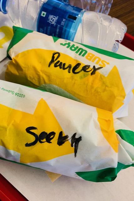 Subway-sandwicheja Delhin lentokentällä