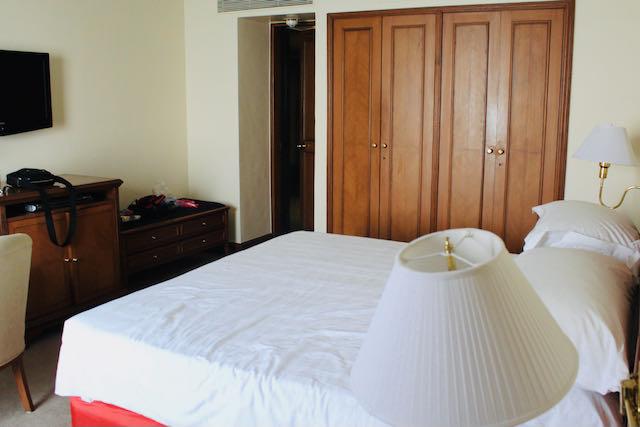 Hotelli Oberoi Trident sviitti makuuhuone ja sänky