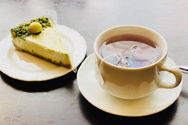 Hedelmätee Tallinnan vanhimmassa kahvilassa