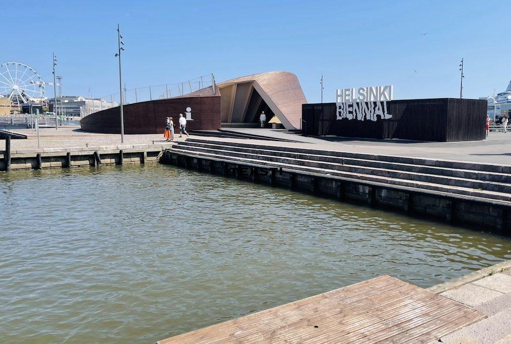 Helsinki Biennial 2021 sisäänkäynti
